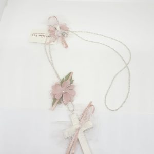 Crucifijo flor puntillas